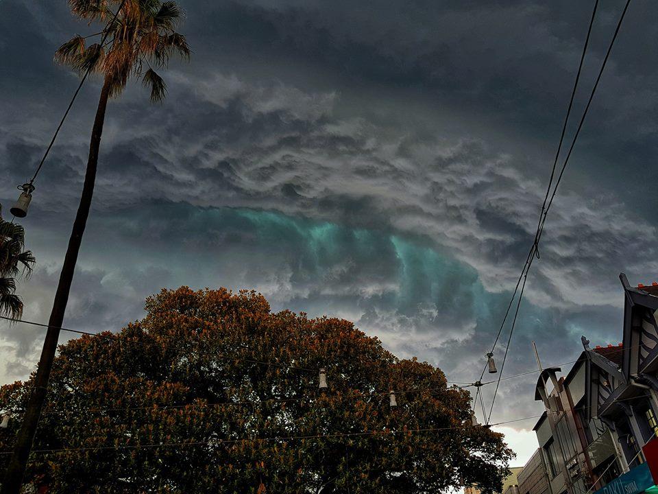 зеленые облака