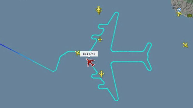 Израильский Boeing 747 создал в небе огромный рисунок: все в замешательстве