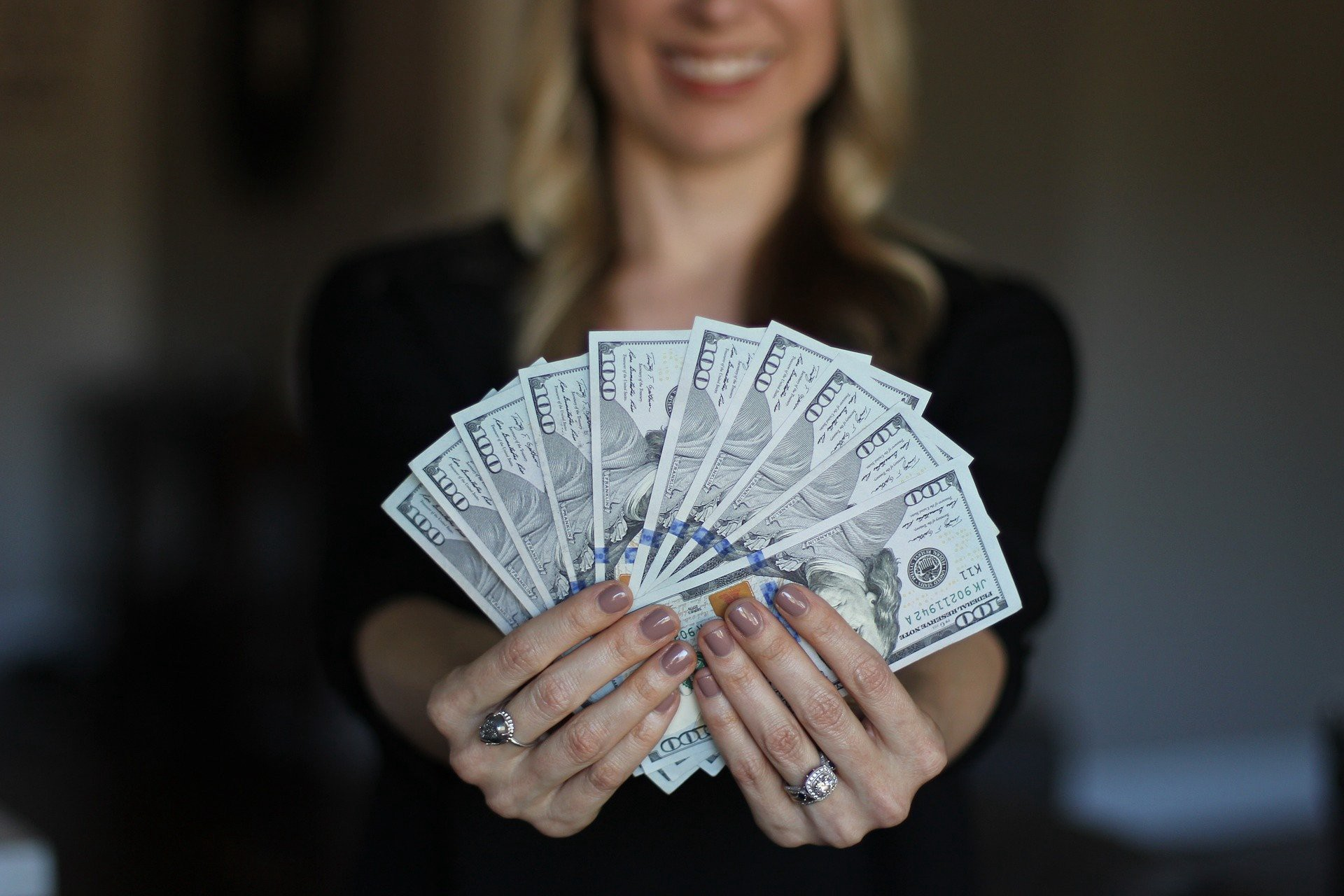 Что означает потребительский кредит и на что он дается
