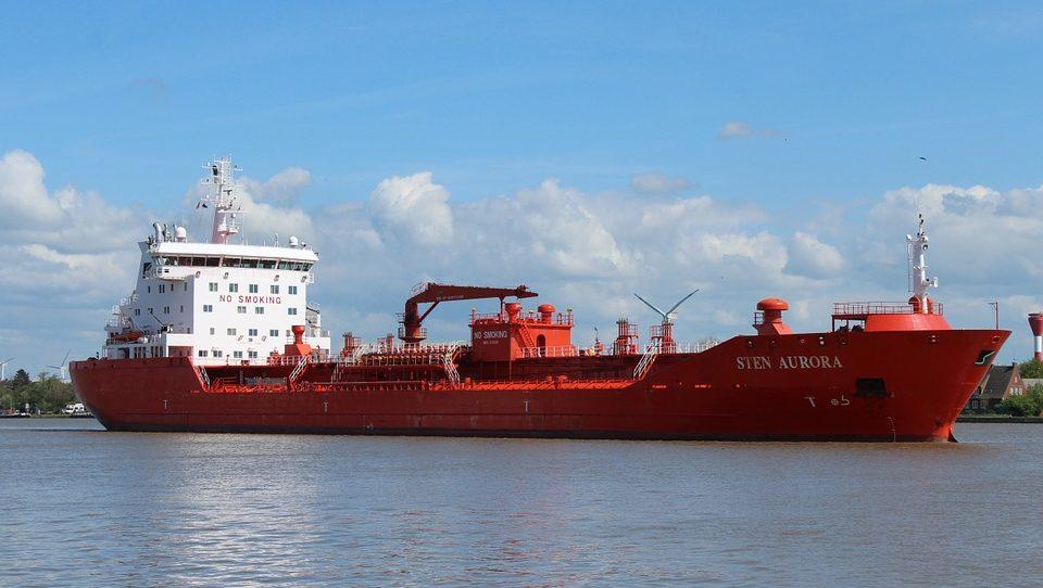 Доставка товаров морем: что следует знать об этом виде транспорта