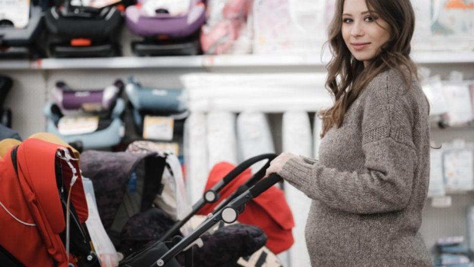 Преимущества детской коляски Victoria Glod Viki Karina