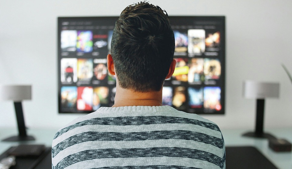 Как установить Youtube на телевизор?