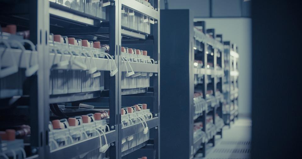 Аккумуляторы для хранения энергии: принцип работы, виды и применение