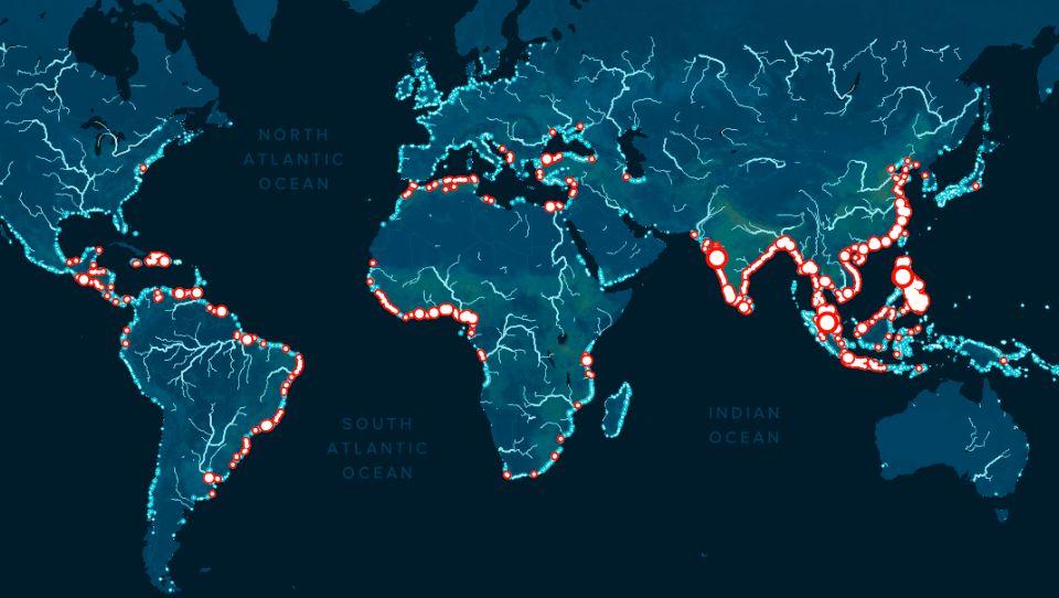 Показаны регионы, которые больше всего загрязняют Мировой океан
