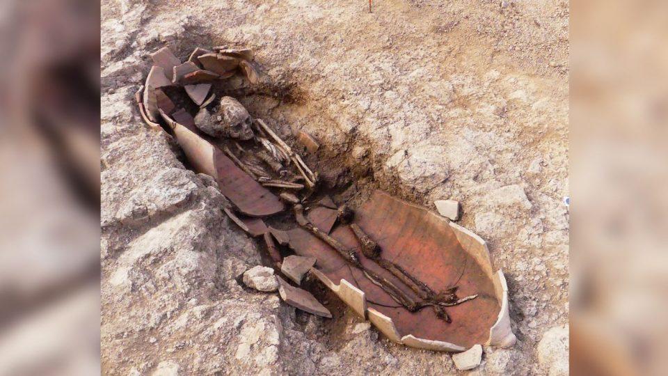 На Корсике нашли сорок амфор с человеческими останками внутри