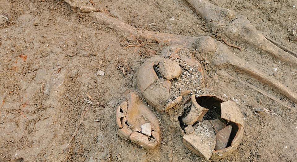 В Хорватии обнаружили древний некрополь с телами в кувшинах