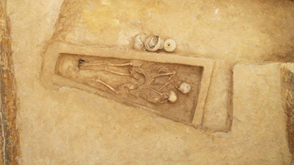 Древнее захоронение в Китае: женщина пожертвовала собой ради мужа