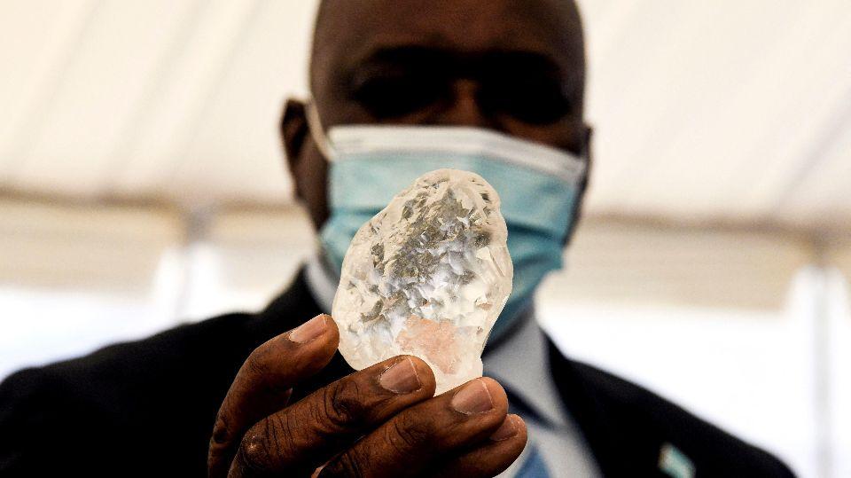 В Африке обнаружили третий по величине алмаз в мире
