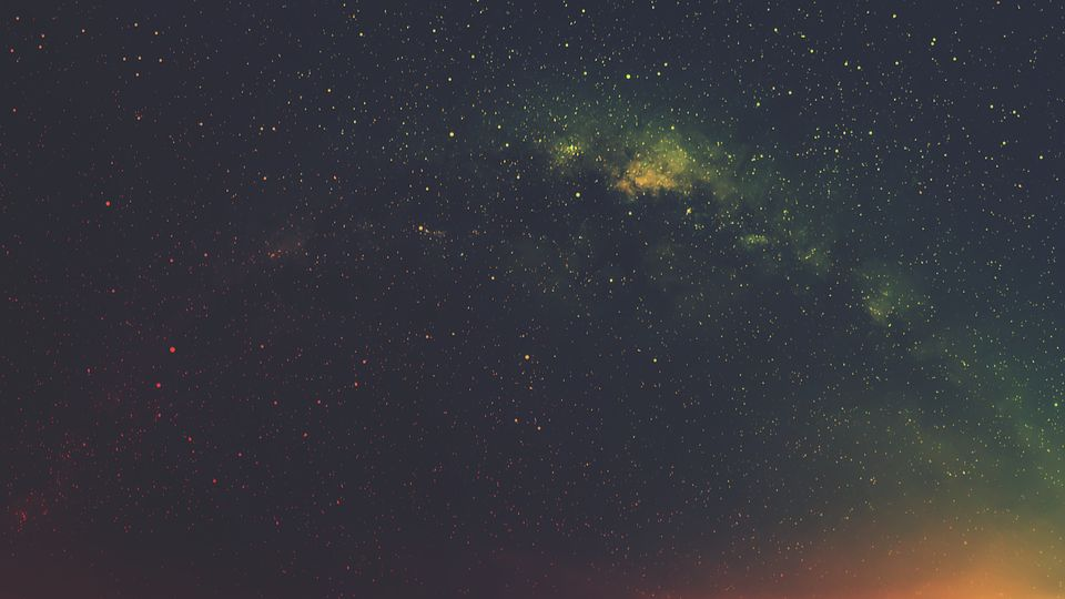 Найдена галактика в, которой почти нет темной материи