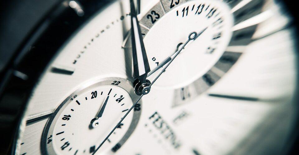 Физик рассказал, можно ли остановить время