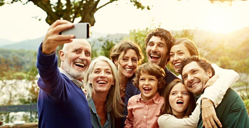 В каких случаях многодетным семьям есть смысл брать кредит?