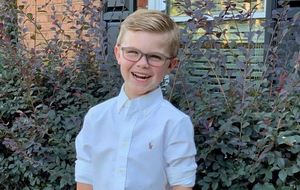 Благодаря случайному фото у мальчика выявили рак на ранней стадии