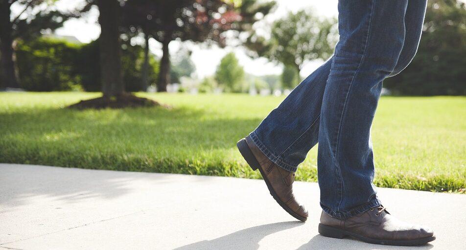 На что обращать внимание при выборе мужских джинсов