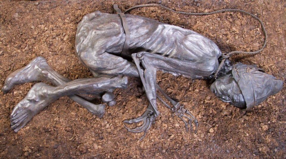 Ученые рассказали, что съел человек из Толлунда перед смертью