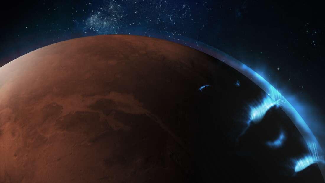 На Марсе зафиксировали невиданное ранее полярное сияние