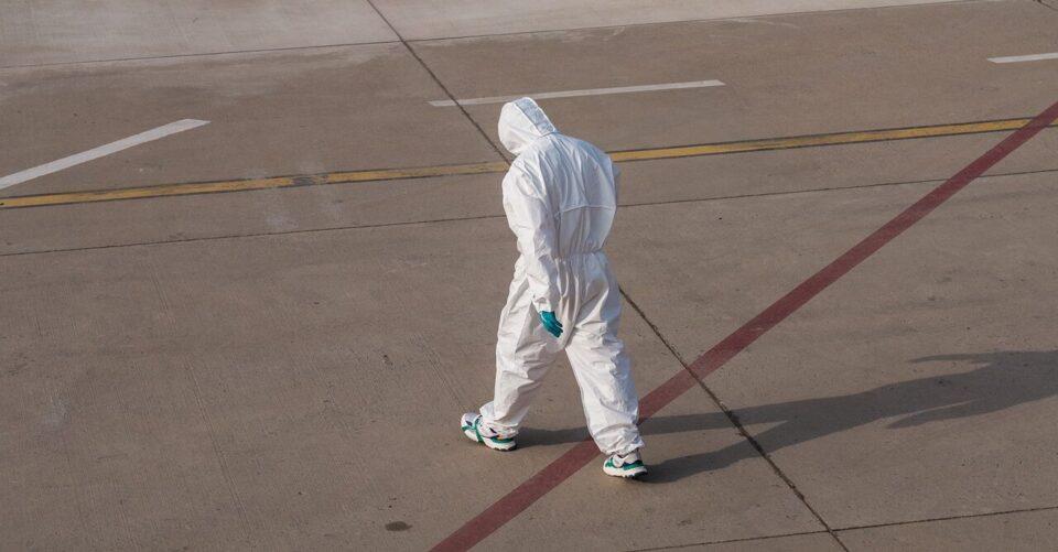 Ученых из уханьской лаборатории могут казнить из-за утечки COVID-19