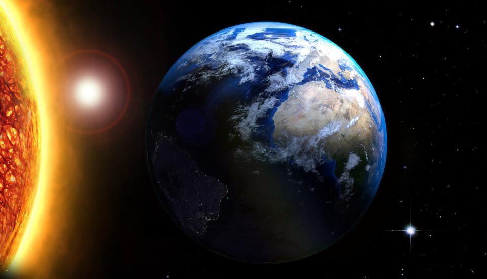 Ученые выяснили, что случится с Землей после того, как догорит Солнце