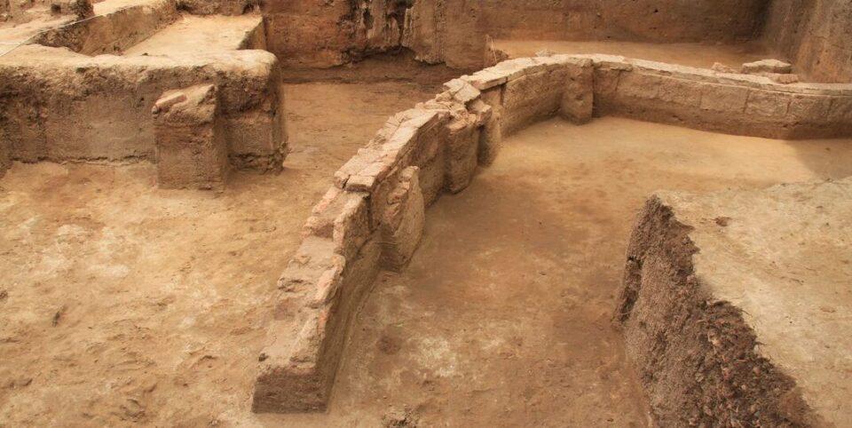 Археологи нашли кинжал, принадлежавший загадочной цивилизации
