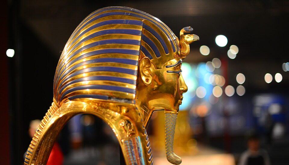 Выдвинута новая гипотеза о золотой маске Тутанхамона