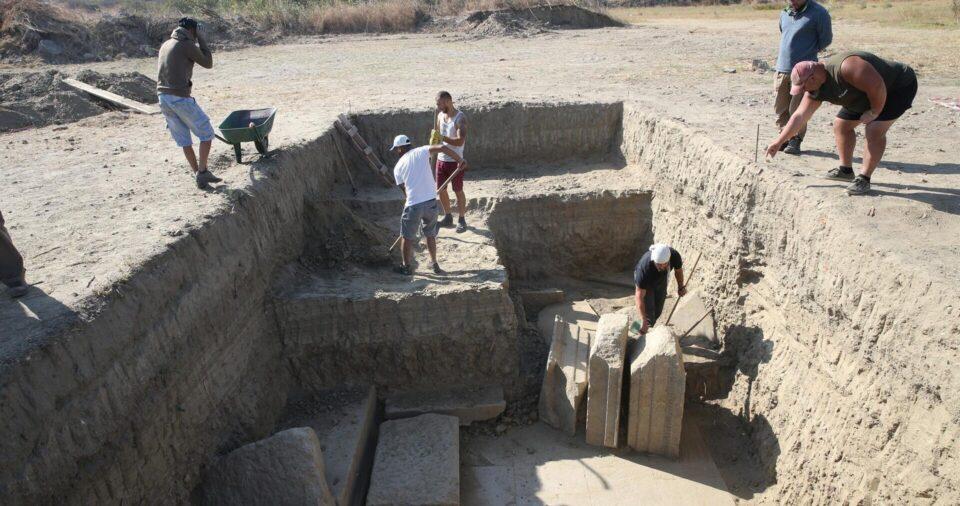 В древнегреческом «городе богов» нашли ворота храма Зевса