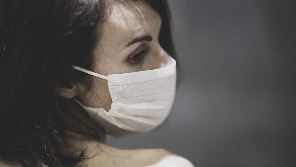 Эпидемиолог назвала наиболее опасную группу больных, распространяющих COVID-19