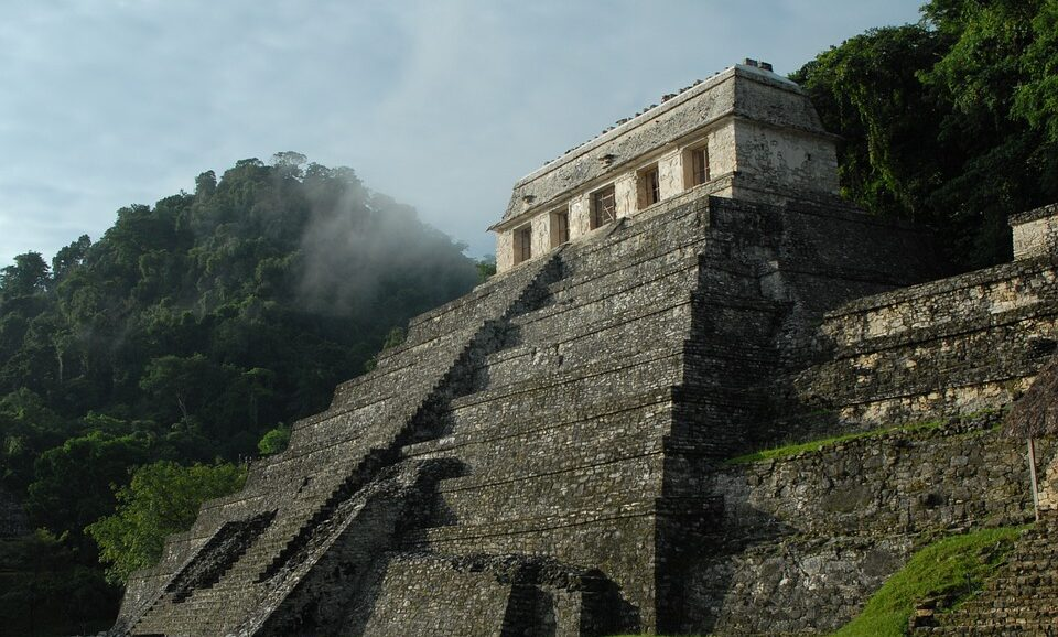 В древнем городе майя нашли копию цитадели Теотиуакана