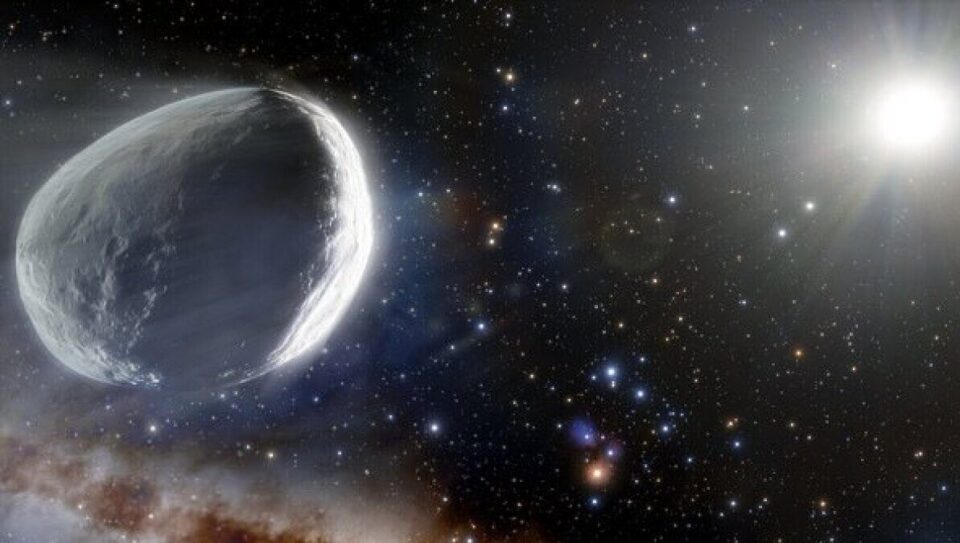 Больше спутника Марса: к Солнцу приближается гигантская комета