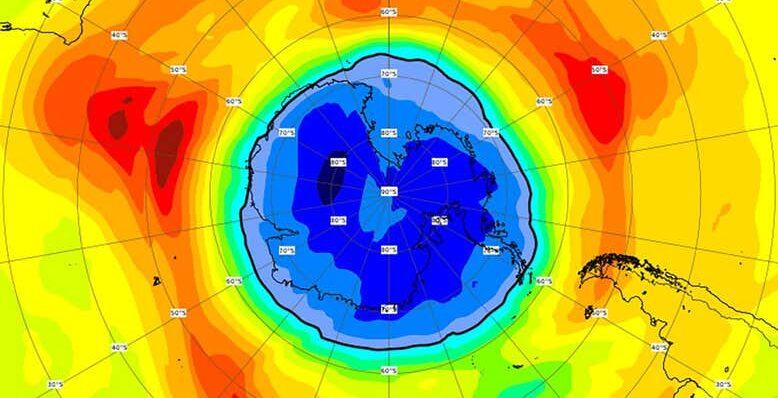 Над Южным полюсом всего за неделю озоновая дыра стала больше Антарктиды