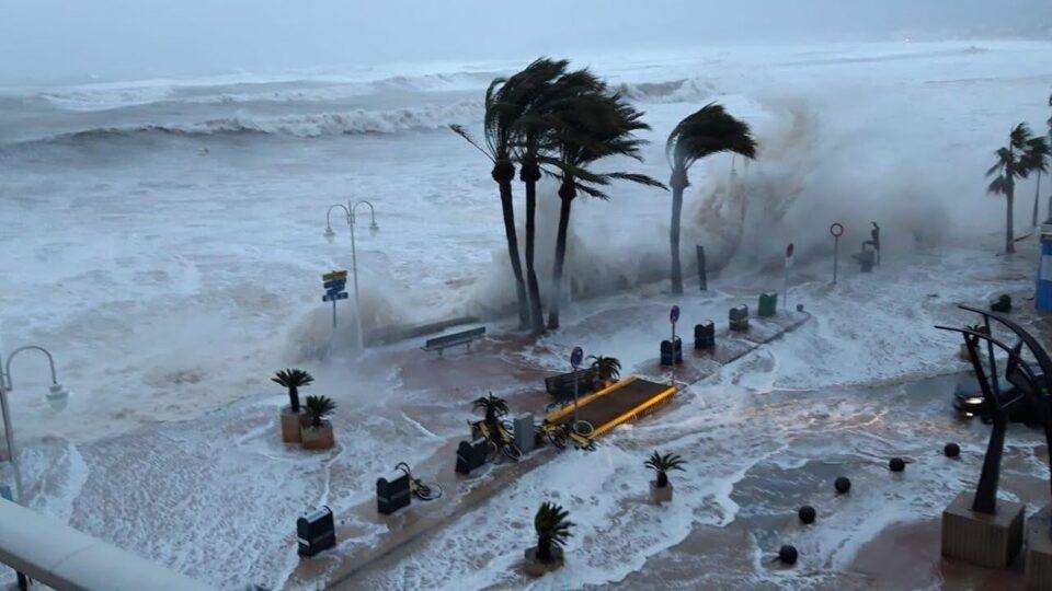 В Атлантике сформировался ураган «Ларри»: он может быть мощнее «Иды»
