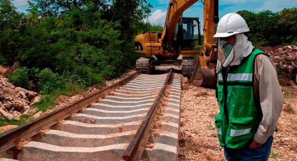 В Мексике во время строительства железной дороги нашли сотни артефактов майя