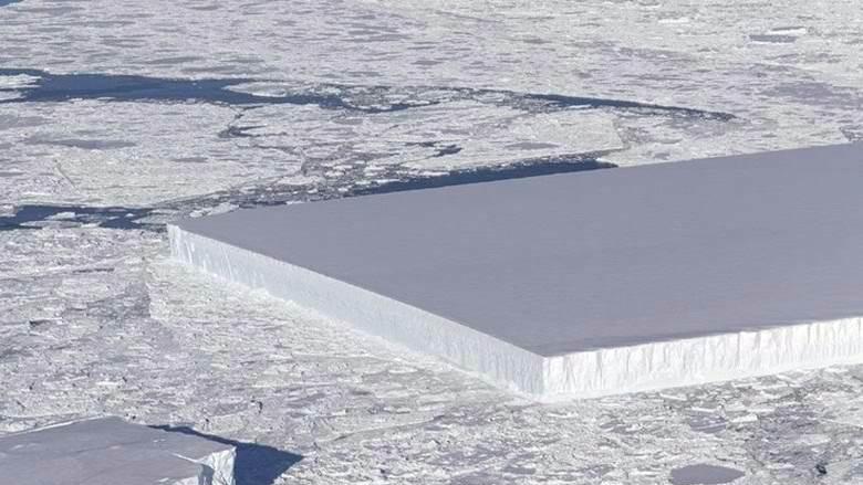 Пользователей Сети шокировало фото прямоугольного айсберга