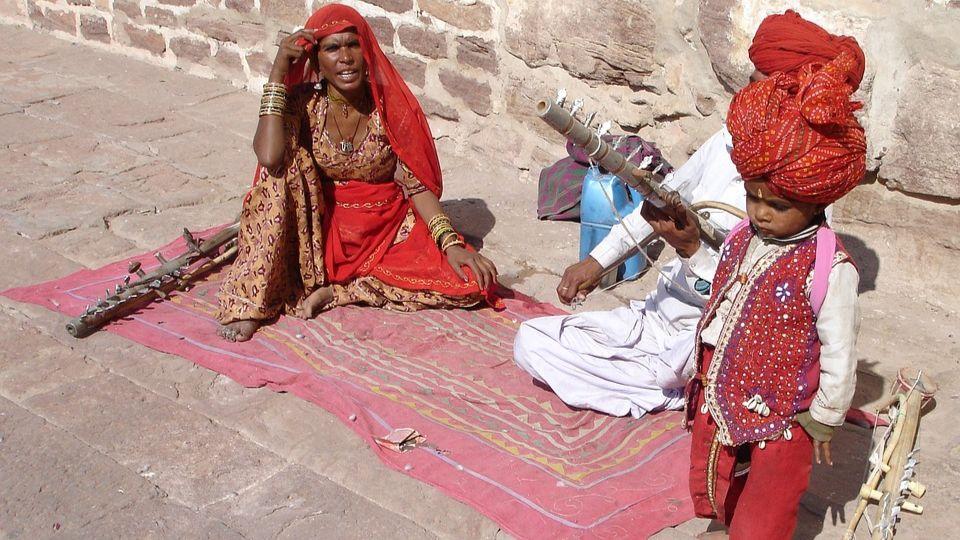 В Индии за полтора месяца неизвестной болезнью заболели 700 человек