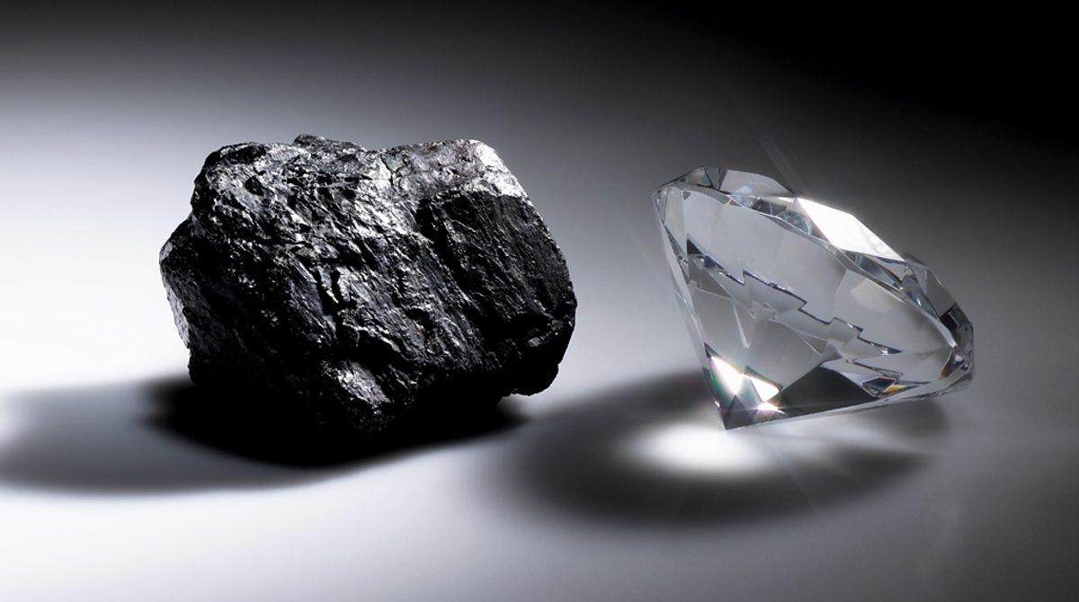 Христианский пастор из Сьерра-Леоне обнаружил алмаз в 700 карат