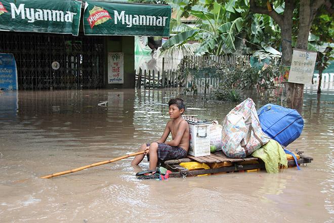 В результате наводнений в Мьянме погибли 88 человек