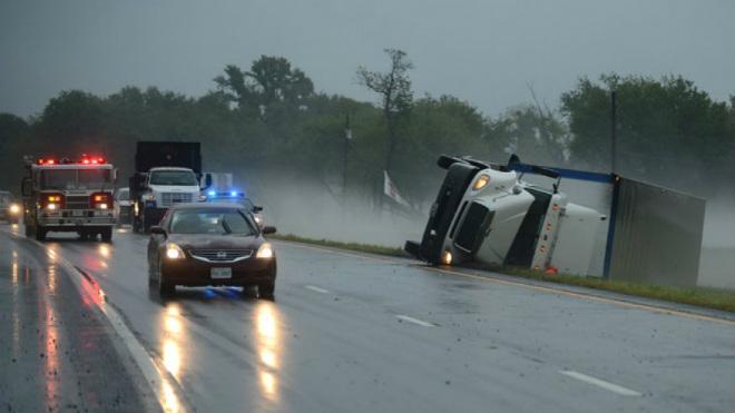 Торнадо в Вирджинии: три человека погибли, 20 получили ранения