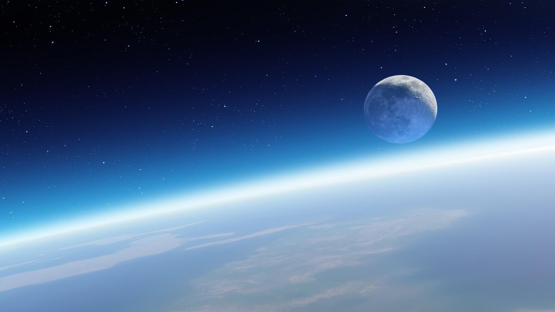 В 2018 году NASA планирует совершить пилотируемый полет вокруг Луны