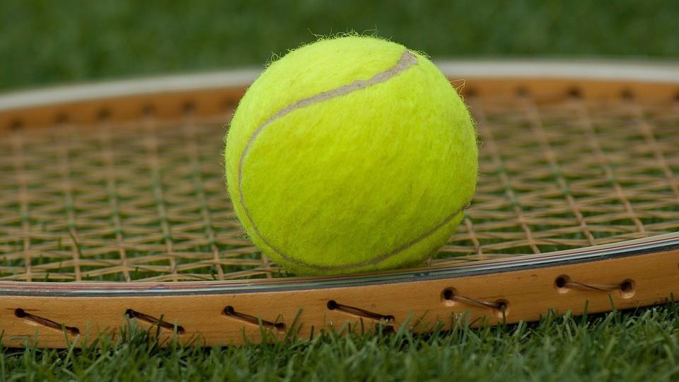 Как восстановить поверхность теннисной ракетки?