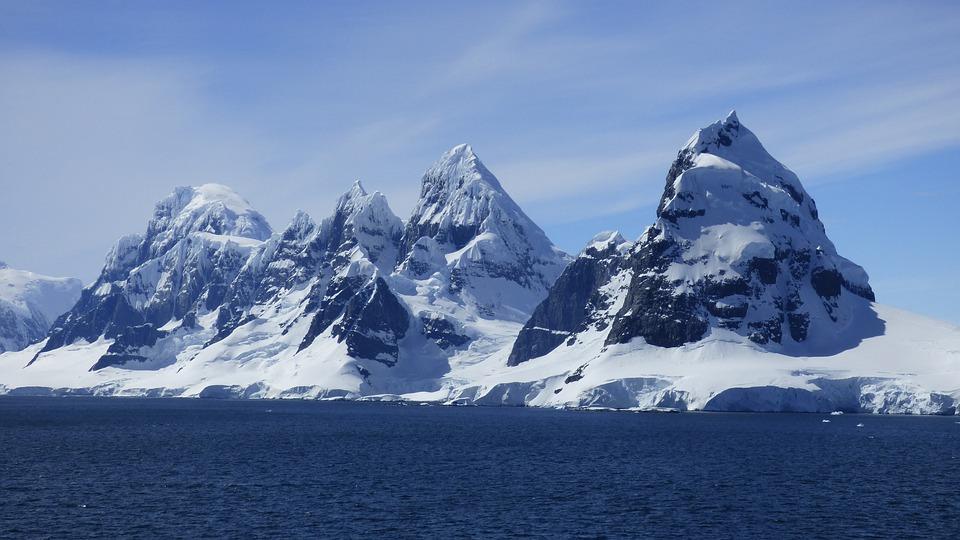 Над Антарктикой закрылась гигантская озоновая дыра
