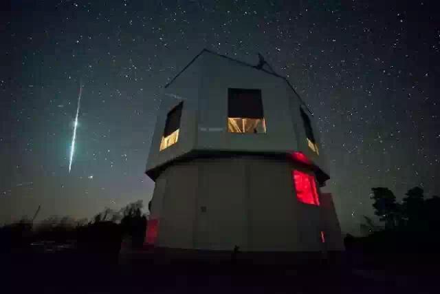 Пик метеоритного дождя Тета-Офиукиды будет наблюдаться 10 июня.