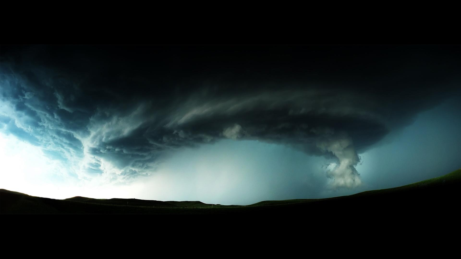 Суперураган Патрисия – самый мощный ураган в истории измерений