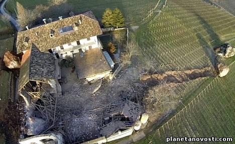 300-летняя итальянская усадьба разрушена гигантским валуном