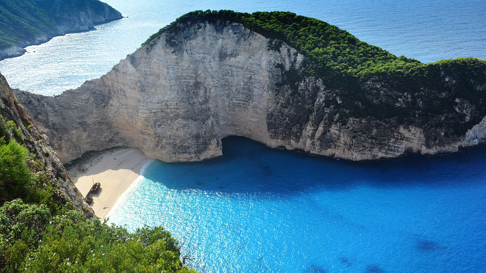 Мощное землетрясение в Греции сдвинуло остров Закинтос