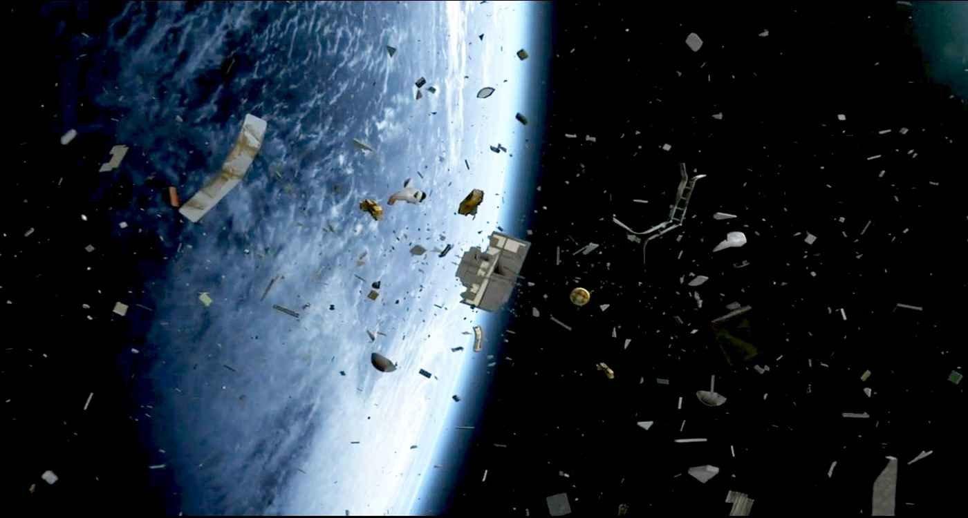 Британский астроном заявил о превращении орбиты Земли в «космическую помойку»