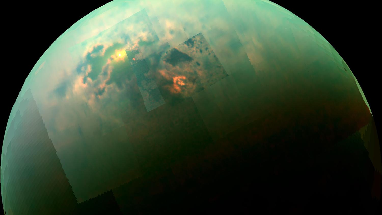 Гигантские радуги и ливни раз в 29 лет: ученые рассказали, какая погода царит на Титане