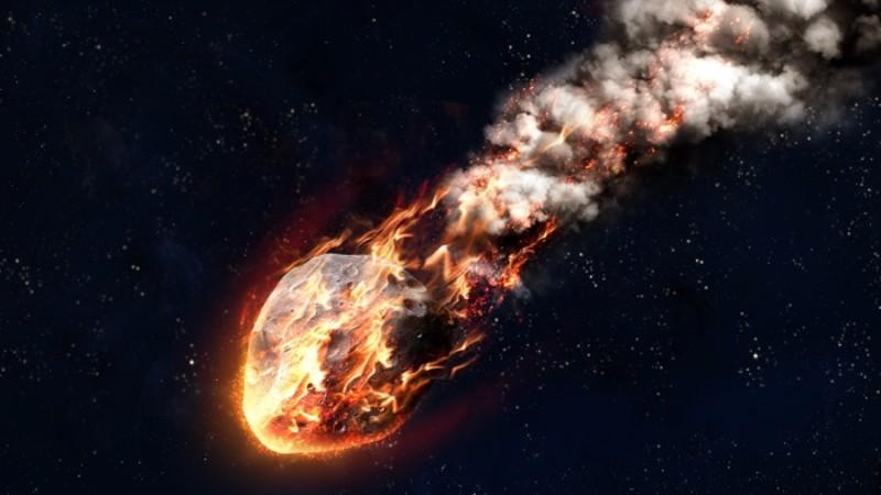 Над военной базой США взорвался «метеорит»