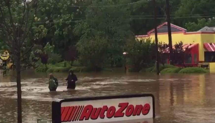 Наводнения захлестнули районы Северной Каролины