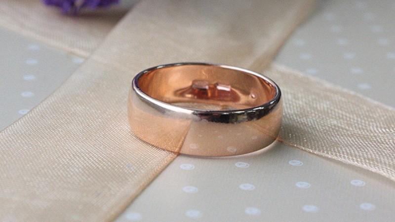Обручальные кольца: модные модели этого сезона