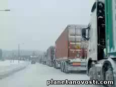 Непогода привела к ограничению движения транспорта в Грузии