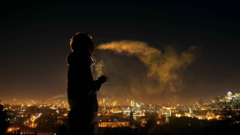 Курение спасло жизнь немца