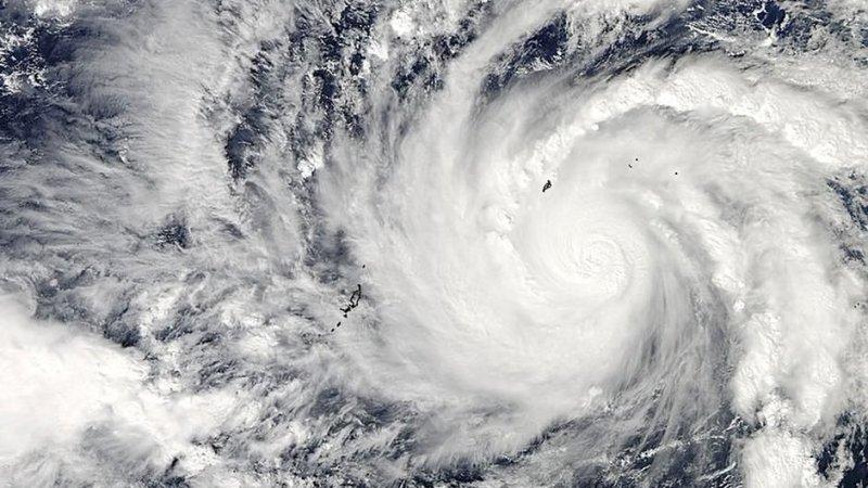 В Тихом океане зафиксировали тайфун «Муйфа»